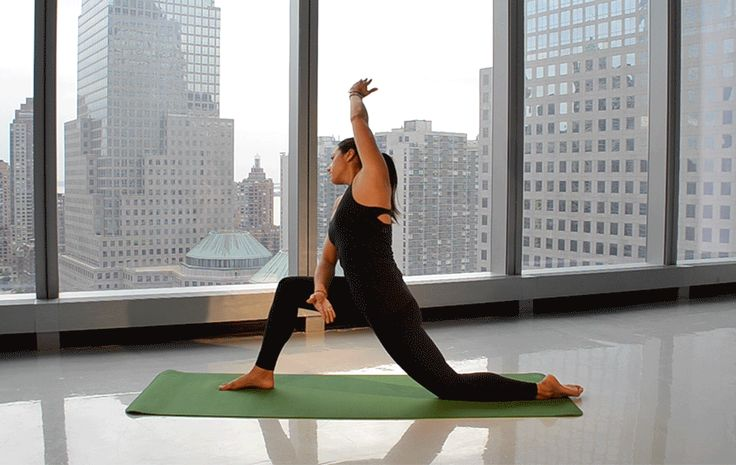 This 5-Minute Morning Yoga Flow Will Help You Have The Best Day Ever - SELF