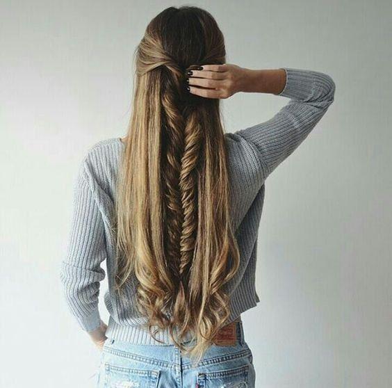 Cheveux: 25 demi-queues repérées sur Pinterest © Pinterest Leo Bermejo
