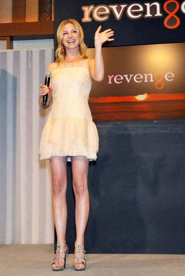 Emily VanCamp - Revenge press conference - Tokyo, Japan - April 25, 2012