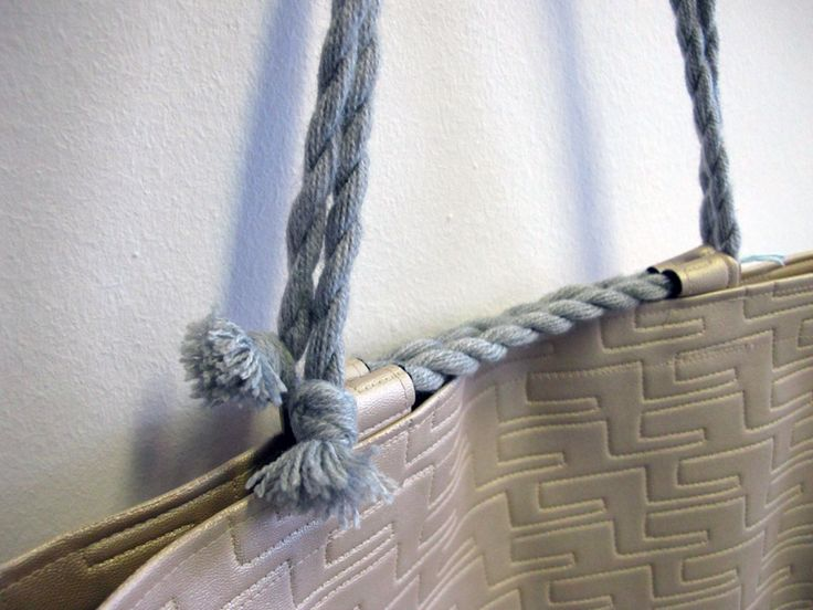 Contextuality / rope handles tote