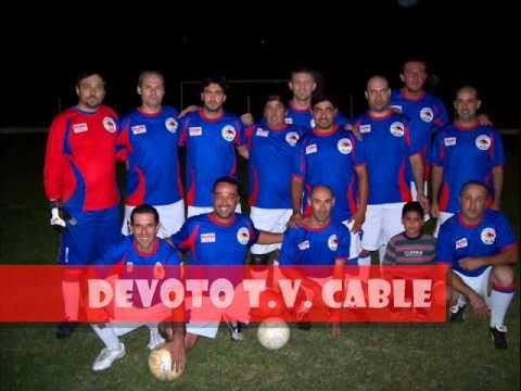 Publicidad previa al partido final del Torneo de Mayores de Verano entre Devoto T.V. Cable y La Gloria