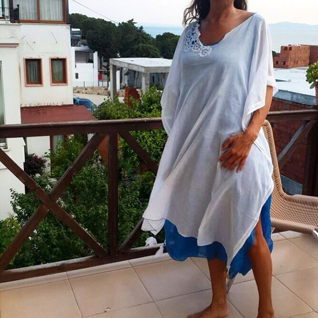 ������������������☀️✨��✨��#fatosbodrum #turgutreis#dress #summer #summer17 #white #beyaz #blue #mavi#nature #yazma#elişi#bodrumdayasam#bodrum#womanfashion#handmade#bohemianstyle#beach#naturelovers#beachlife#tasarımhane#tasarım#fashion#dantel#stil#happyday#kişiyeözel#only#justone#iğneoyası http://turkrazzi.com/ipost/1524823044773931737/?code=BUpQnr5FGrZ