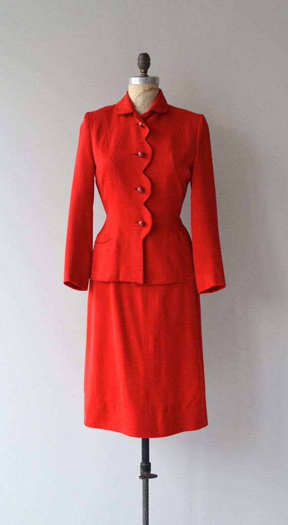 Lady Ammer suit vintage 1940s suit wool fitted by DearGolden