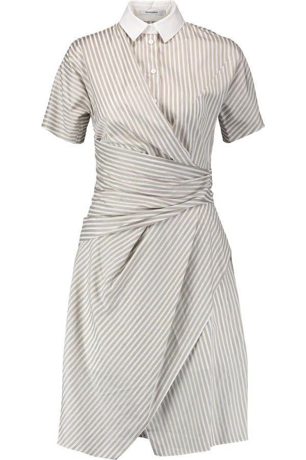 Robe originale Carven en coton et col polo. Drapée sur le devant à imprimé rayure