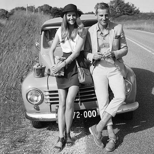 #couple #chic #mode #fashion #classic #casual #jacket #dress hat #blonde #blond hair #david duchovny #natasha mcelhone #noipic