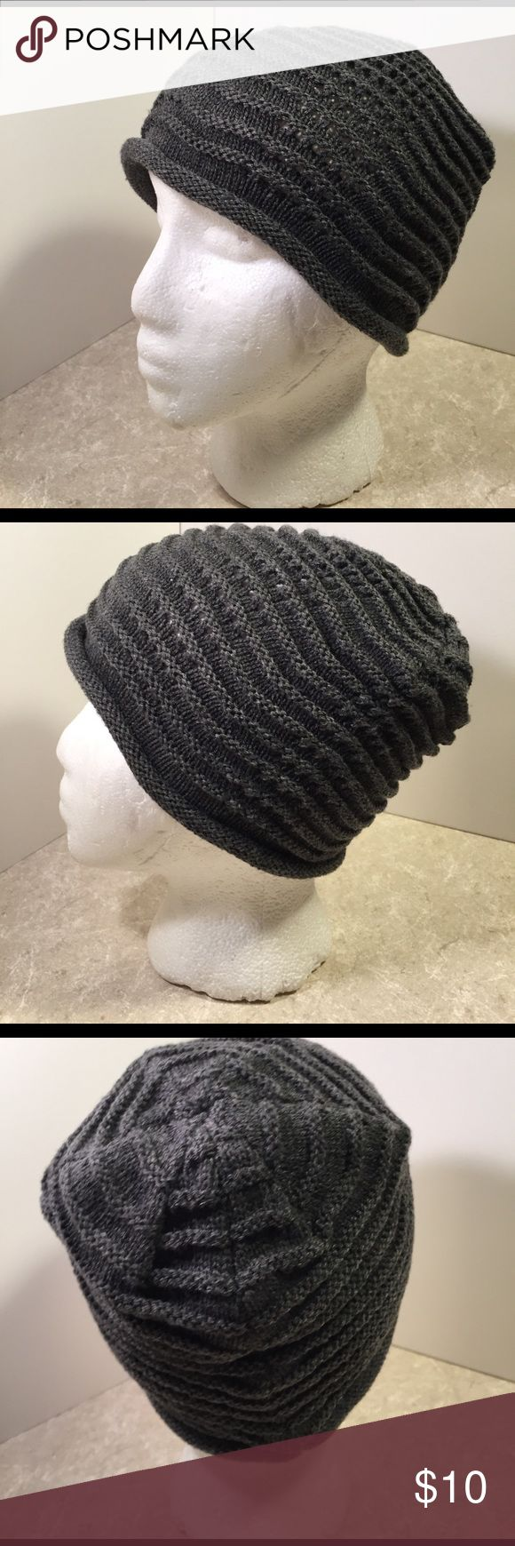 Scala Pronto Gray ribbed knit beanie This is a fun gray hat by Scala, ribbed and wave like texture. See pictures for details. Good condition minor wear. Be sure to check out other items in closet and bundle to receive discounts. Scala Accessories Hats