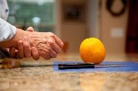 Ernährung bei Arthrose: Beschwerden durch Ernährung lindern - gesundheit.de