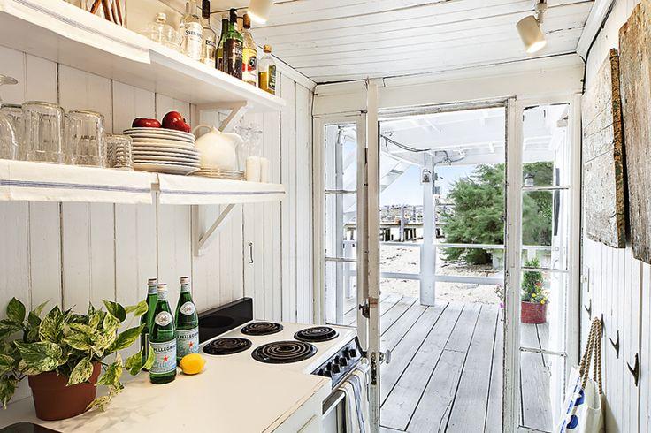 kitchen - shelves / outdoor