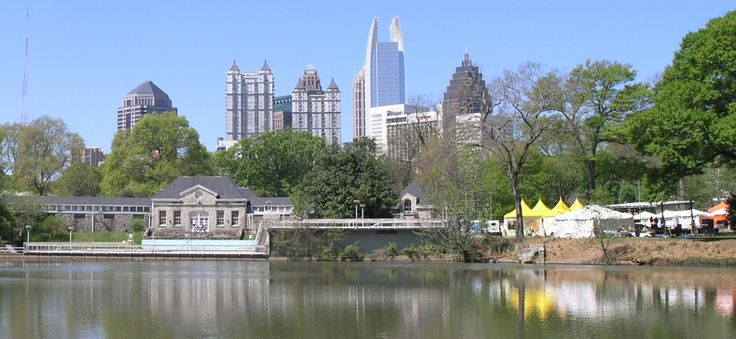 piedmont park, atlanta | File:Midtown Atlanta skyline from Piedmont Park during 2006 Dogwood ...