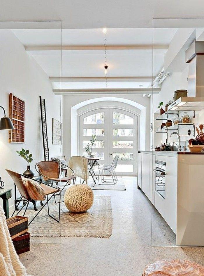 0 amenagement en longueur idee deco salle a manger et salon tapis beige tabouret en rotin