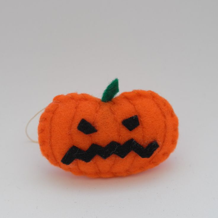 Frightened pumpkin - halloween decor, trick or treat, scary, horror, spooky, halloween decoration, cute. by HalloweenOrChristmas on Etsy
