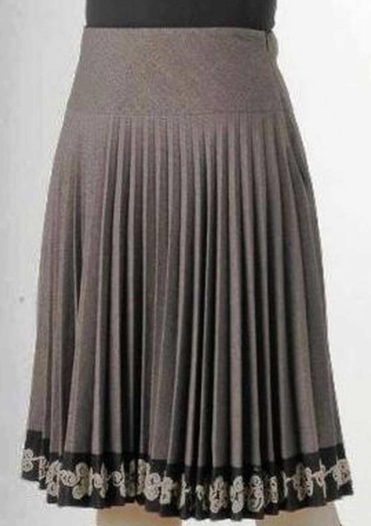 Фото модели юбки-плиссе с описанием. Пошаговые рекомендации вязания юбки-плиссе на машине северянка и нева.