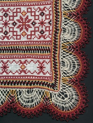 Russian embroidery w/torchon edging