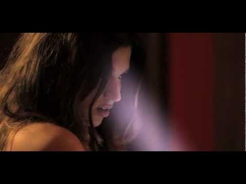 Auryn - Heartbreaker (videoclip oficial) - YouTube