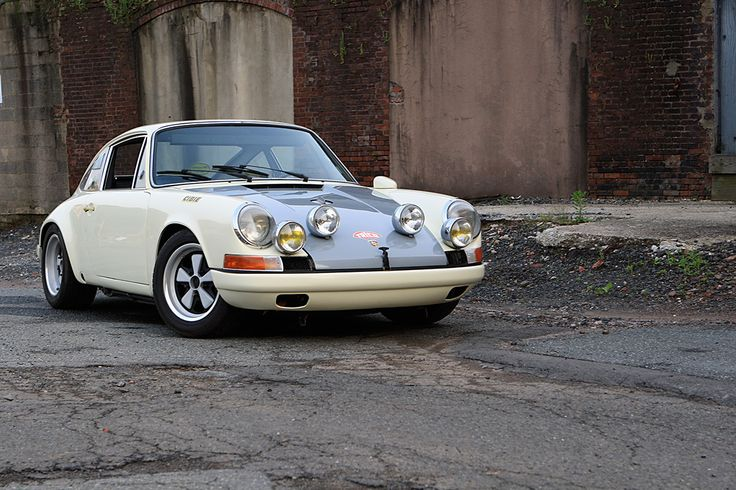 Inspired By The 911r This Porsche Is All Go And No Show Porsche 911 Porsche Porsche 912