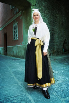 The traditional dress for a Slovenian