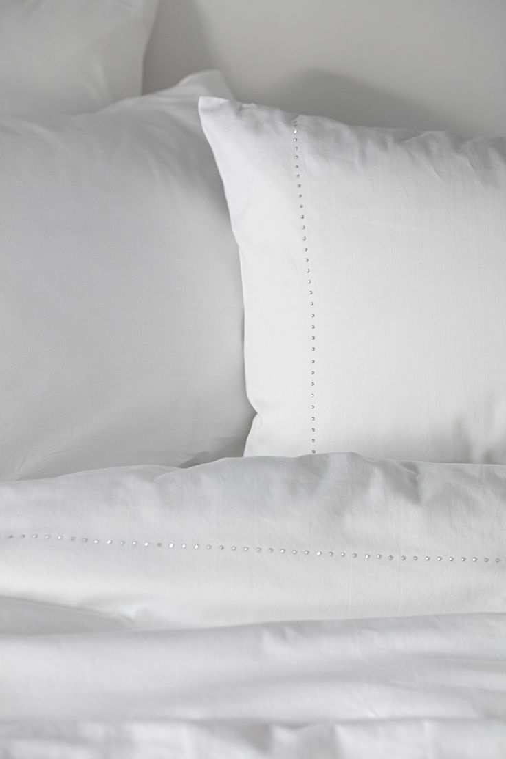 Lennol | Duvet cover with crystal details