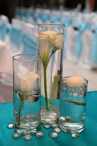 Esküvőre készűlsz és szeretnél ilyen gyönyörű tűrkíz dekorációt?  Kérj ajánlatot vagy egy személyes találkozót weboldalamon!