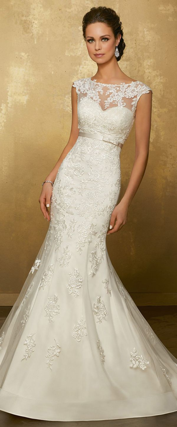 Wonderful Tulle Jewel Neckline Mermaid Wedding Dress With Lace Appliques & Detachable Jacket