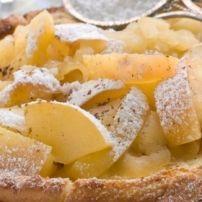 Appelcake Zonder Boter recept | Smulweb.nl aangepast à la Piet: 150gr speltbloem + 1,5 tl bakpoeder (ipv zelfrijzend bakmeel) 75gr tagatesse (ipv 150 gr. gewone suiker)