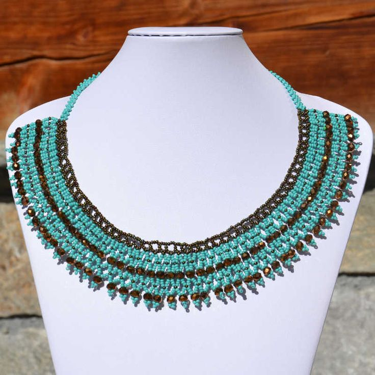 Collier perle de rocaille, modèle pacaya, turquoise et argenté, tendance, ethnique, été, fait-main, handmade, Guatemala