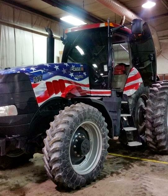 Stars & Stripes CASE IH 210 MAGNUM FWD