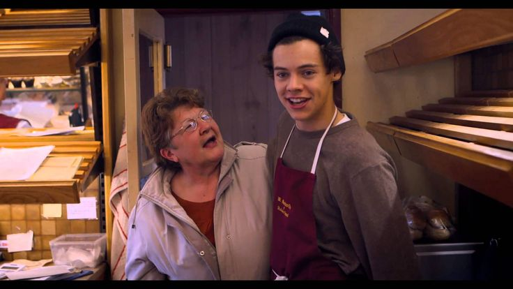 One Direction - This Is Us (Trailer Sneak Peek) No im not crying my eyes are just sweating.....nope there crying ahaha harry goes BARBRA! ahahahahaha XD
