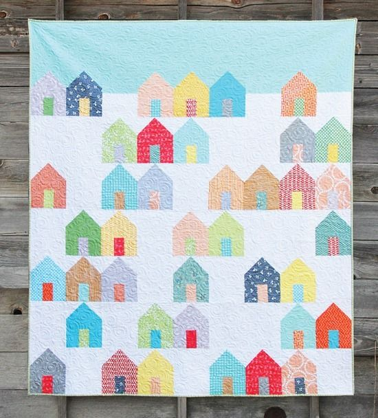 Suburbs Quilt - beginner friendly pattern that comes in 3 sizes and uses layer cakes, fat quarters, or quarter yards | Cluck Cluck Sew xxx