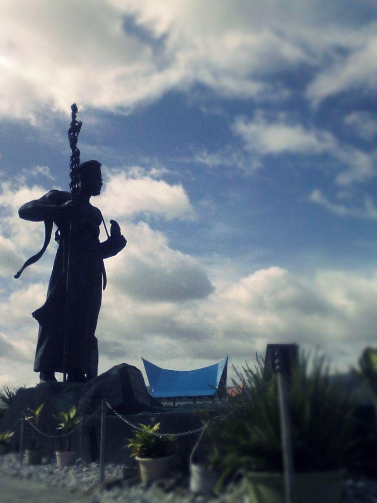 Sisimangaraja Statue
