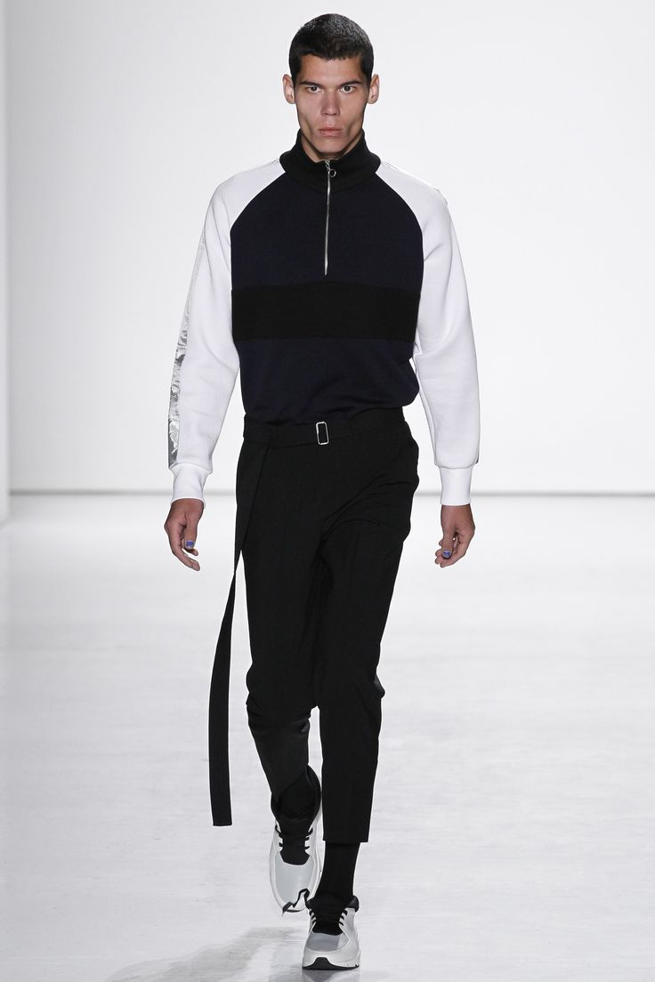 Tim Coppens Spring 2017 Menswear Collection Photos - Vogue