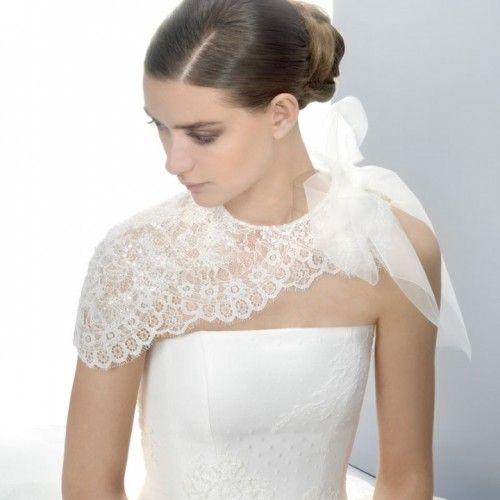 Tendências Noivas 2014 - capa em renda com laço #JesusPeiró #casarcomgosto