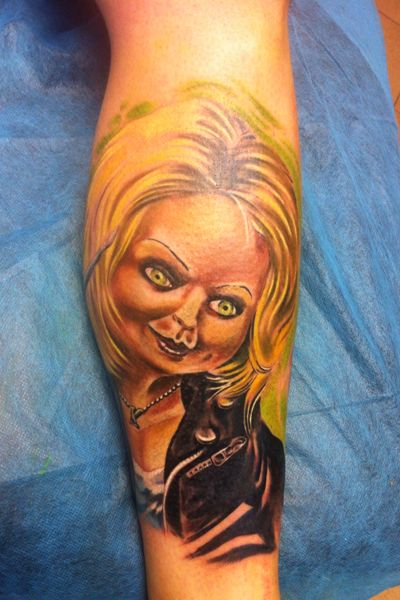 Tatuaje de novia de Chuky realizado en nuestro centro de Montera de Madrid.    #tattoo #tattoos #tattooed #tattooing #tattooist #tattooart #tattooshop #tattoolife #tattooartist #tattoodesign #tattooedgirls #tattoosketch #tattooideas #tattoooftheday #tattooer #tattoogirl #tattooink #tattoolove #tattootime #tattooflash #tattooedgirl #tattooedmen #tattooaddict#tattoostudio #tattoolover #tattoolovers #tattooedwomen#tattooedlife #tattoostyle #tatuajes #tatuajesmadrid #ink #inktober #inktattoo