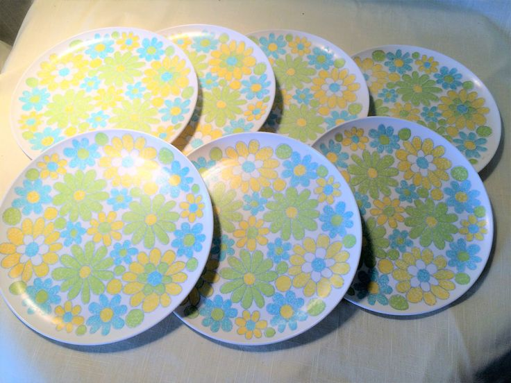 Vintage Turquoise, Yellow, & Green Floral Melamine Dinnerware Set of 7 Luncheon Plates, vintage plates, melamine, floral melamine, floral by Vintagepetalpushers on Etsy