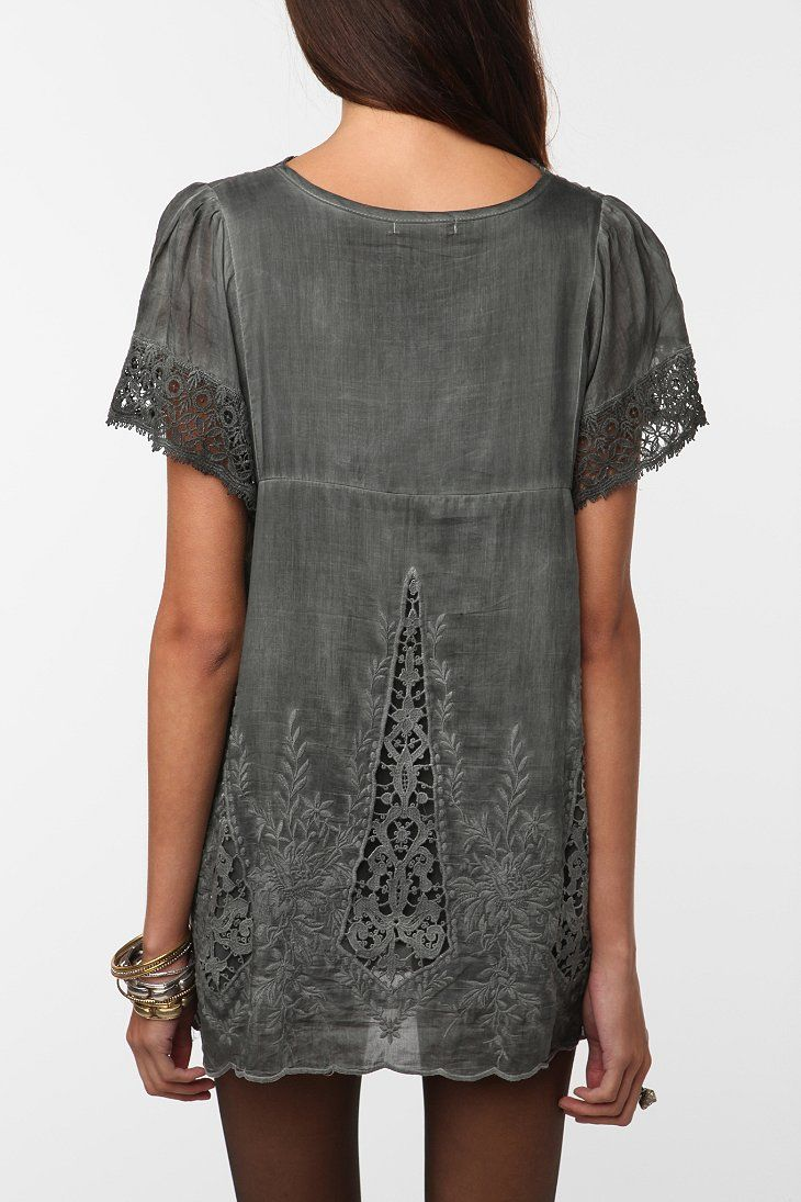 Hazel Embroidered Blouse - Urban Outfitters