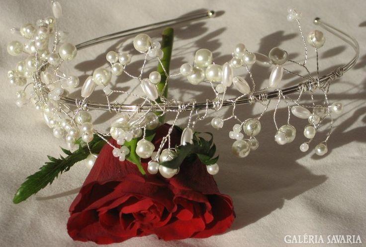 Esküvői, menyasszonyi fejdísz, kézzel készült