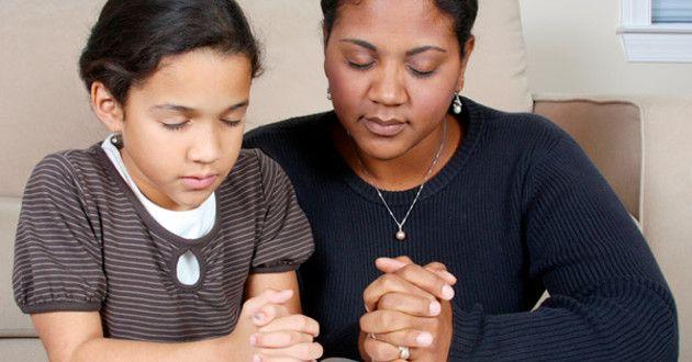 Cómo enseñarle a tus hijos a creer en Dios