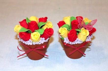 Sladký kvetináč z ruží