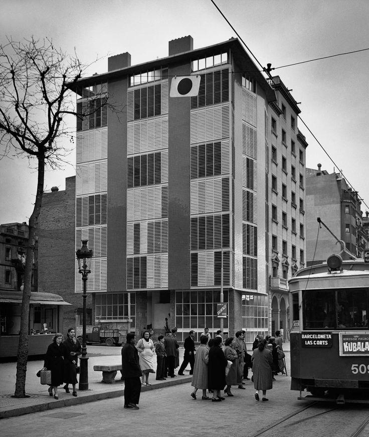 Català-Roca, Francesc: Bloque de viviendas de J. A. Coderch en La Barceloneta. Barcelona 1950 (ca.)