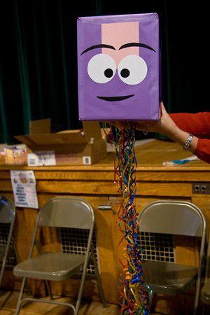 Stretch Pull-String Pinata Handy Manny 1st Birthday