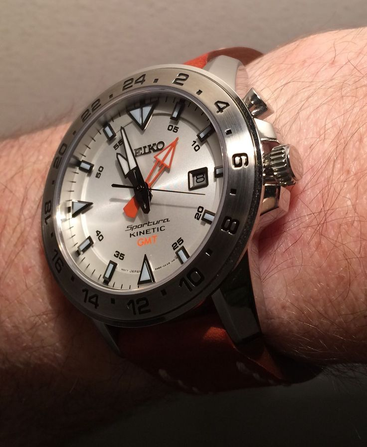 Review: Seiko Sportura Kinetic GMT diver's watch SUN025