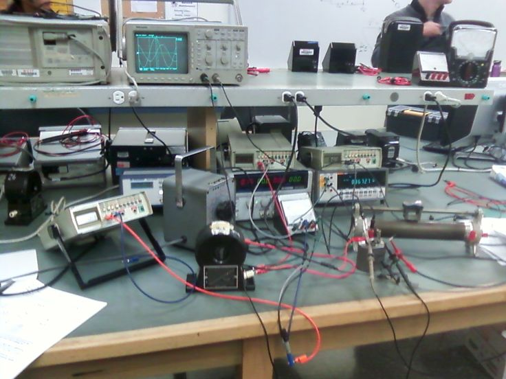 Best 221 electronic workbench ideas on pinterest electronic whats your work benchlab look like post some pictures of your lab greentooth Images