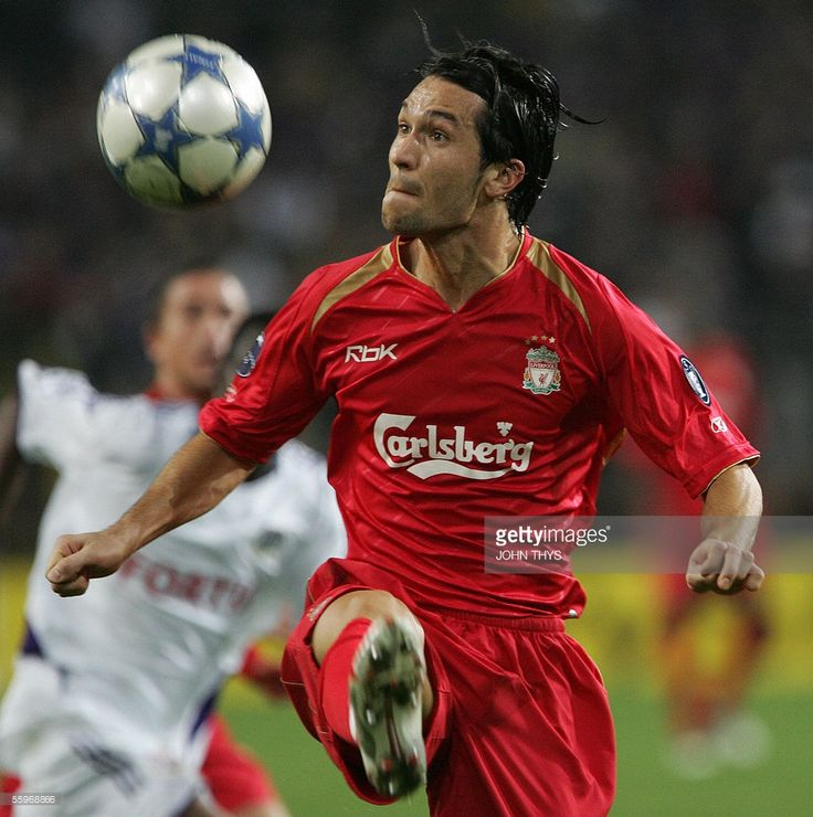 Fc Liverpool Luis Garcia (C) is seen during the European football Champions League match against Anderlecht, 19 October 2005, in Brussels.