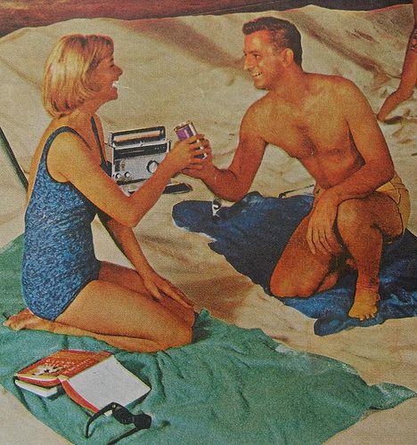 Beer me...1960S Couples, 1960S Photos, Vintage Photography, Vintage Aluminum, Woman Vintage, Beach Man, Beach Babes, Vintage Mermolog, 1960 S