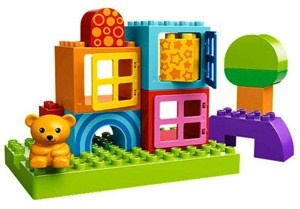 lego duplo 10553 ~ 500  Можно использовать как кубики, также есть окошки, которые можно пооткрывать с малышом