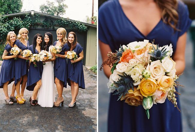 Is it just me or is this the PERFECT colour combination? The deep navy with the cream, peach, gold... just scrumptious!