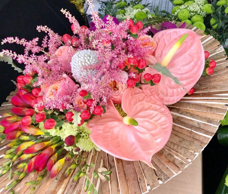 Pink flowers wood structure bouquet by Atelier Floristic Aleksandra concept Alexandra Crisan