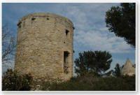 Moulins sur le roc de Gachone    à Calvisson