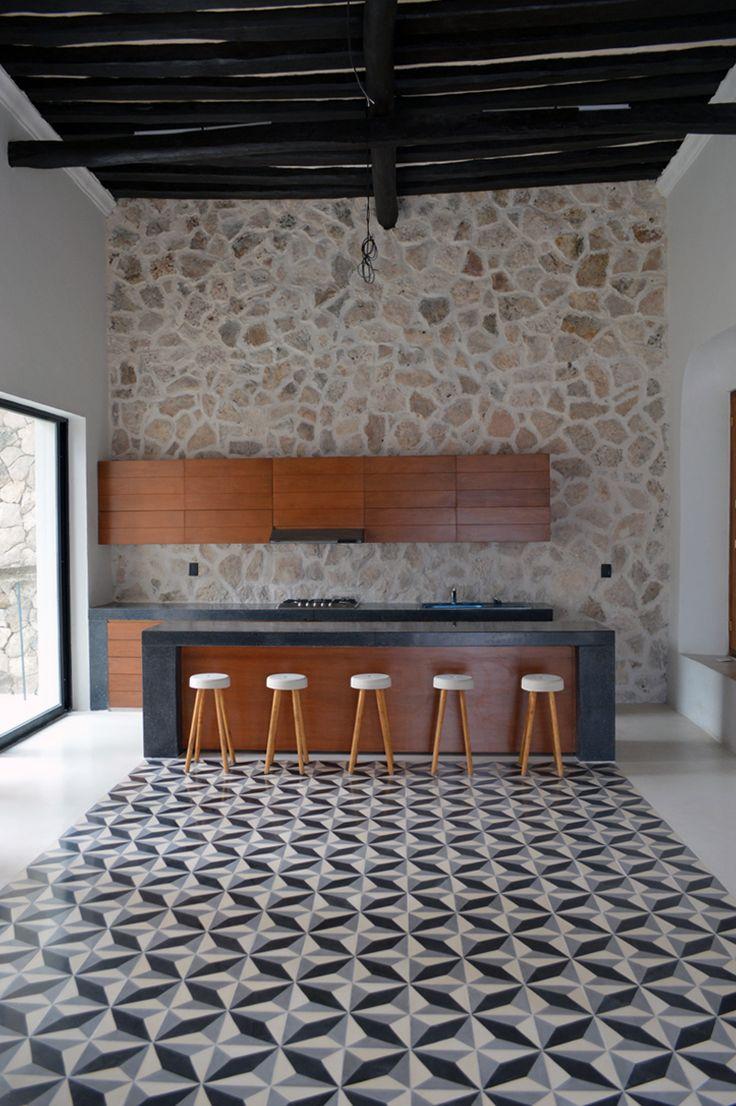Restauraci n y remodelaci n de casa colonial del siglo for Remodelacion de casas