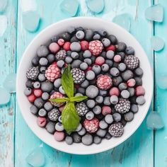 Learn how to freeze berries. Freeze fresh strawberries, blueberries, blackberries, raspberries for later use. Stock up and freeze. It's easy!