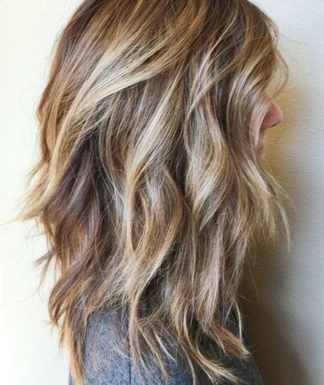 Sarışınlar için orta boy saç modeli